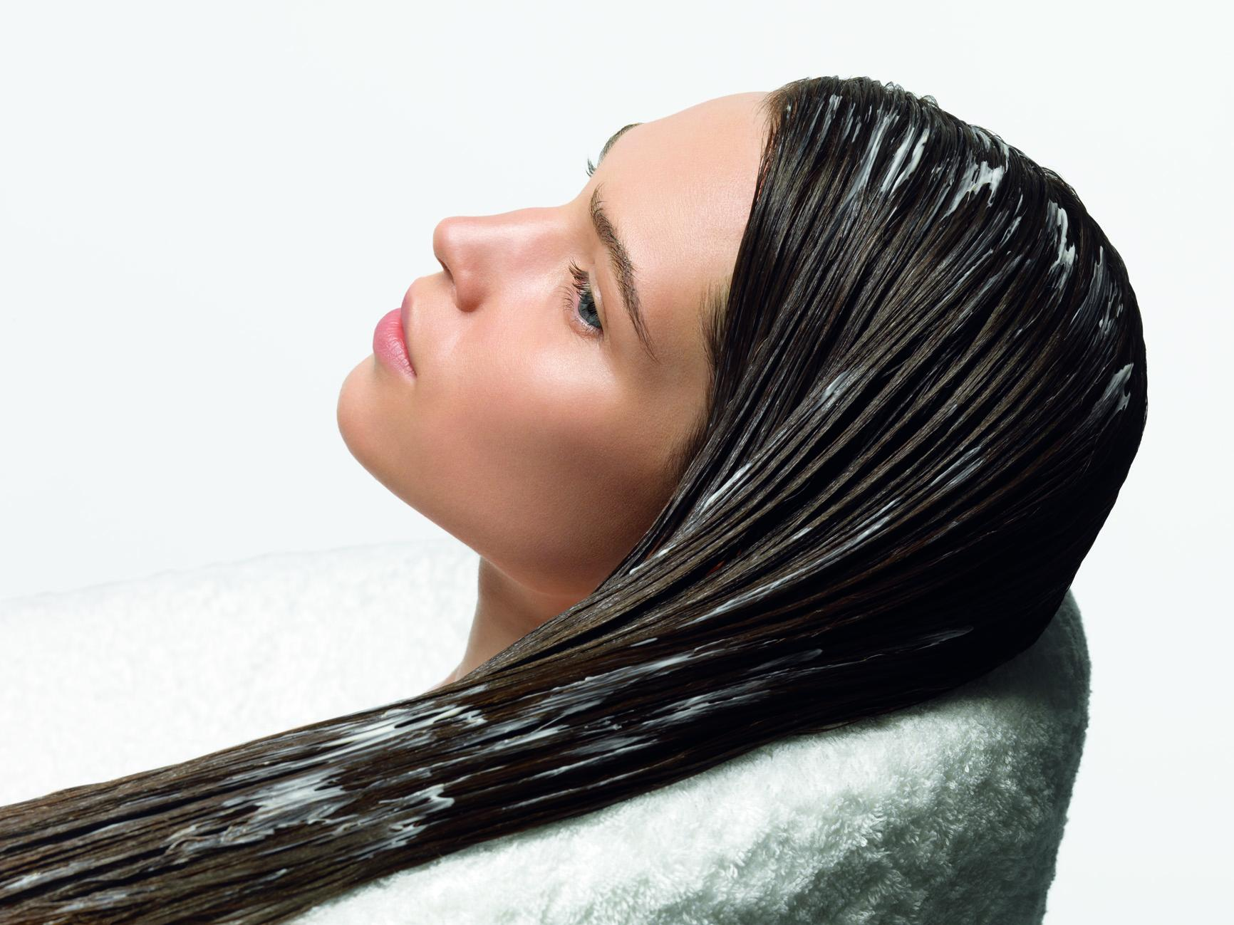 Домашняя косметология: маска для волос из сметаны