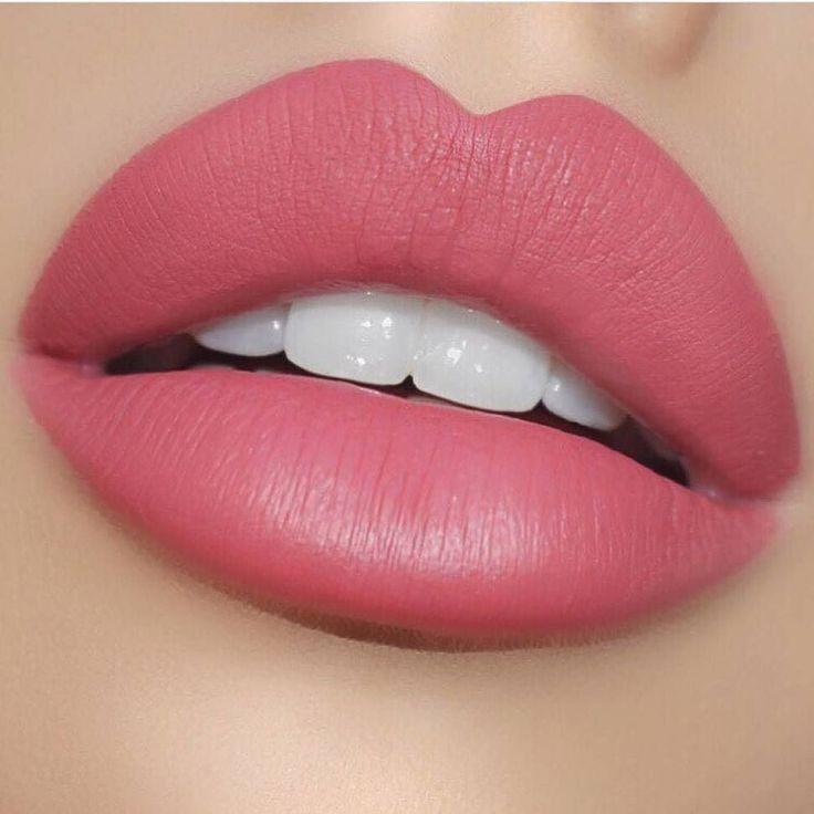 10e05cade7be А между тем, совсем рядом, белорусские изготовители декоративной губной  помады тоже умеют приятно удивить.