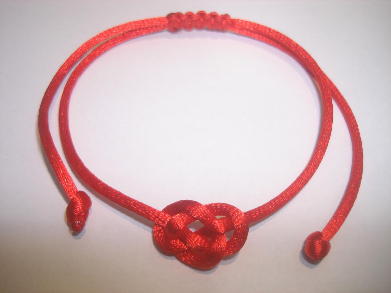 Как сделать браслет из красной нити своими руками : идеи, варианты, фото