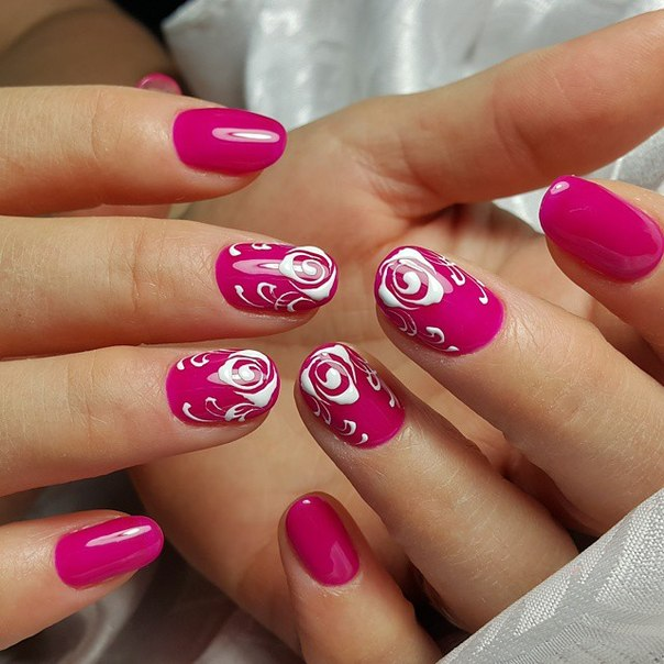 Роспись по мокрому на натуральных ногтях