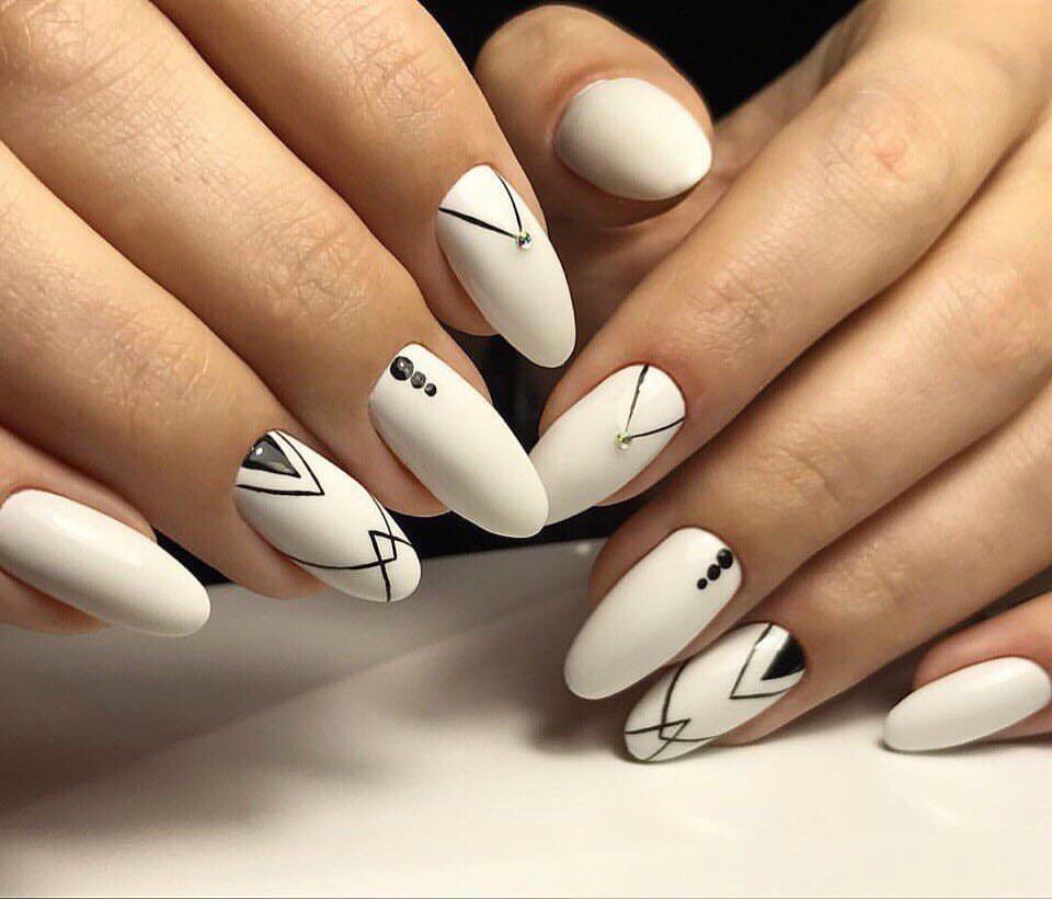 Дизайн ногтей геометрия новинки