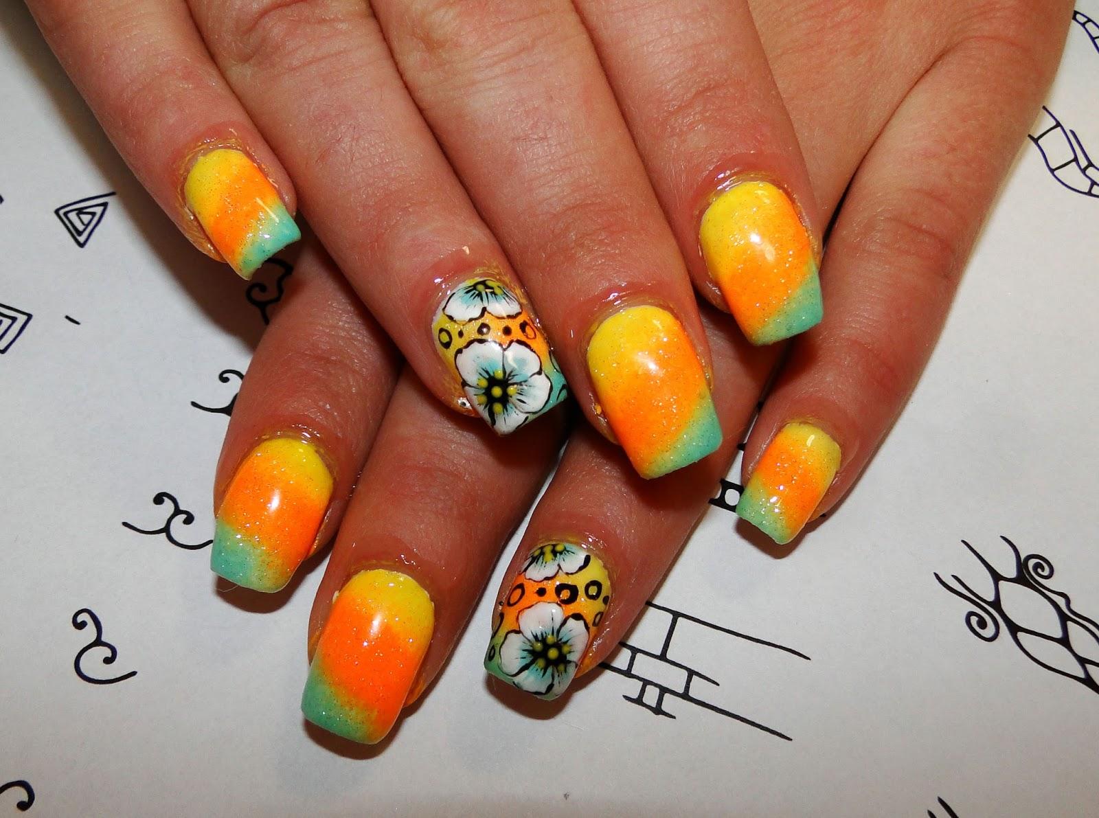 Дизайн ногтей с оранжевым фото