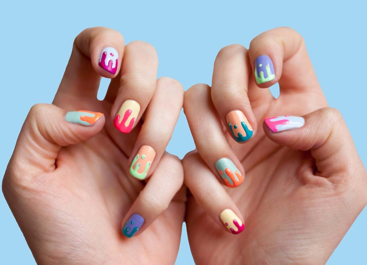 Яркий маникюр на короткие ногти шеллак фото