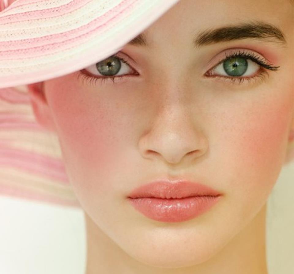 Макияж для девушки с большими глазами