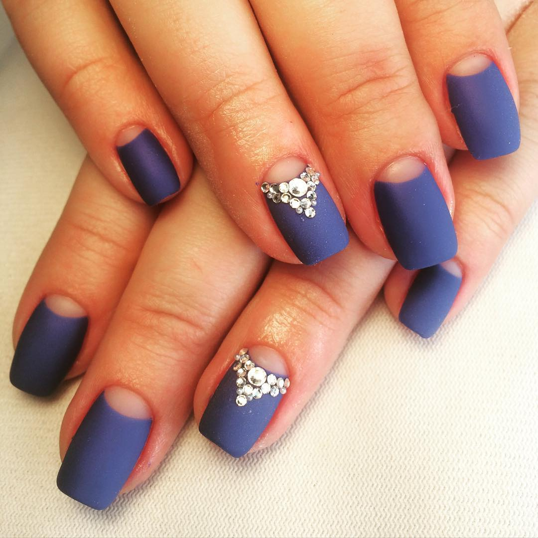 Синий ногти матовые фото