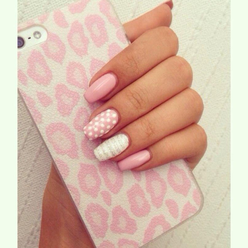 Розово белые ногти дизайн