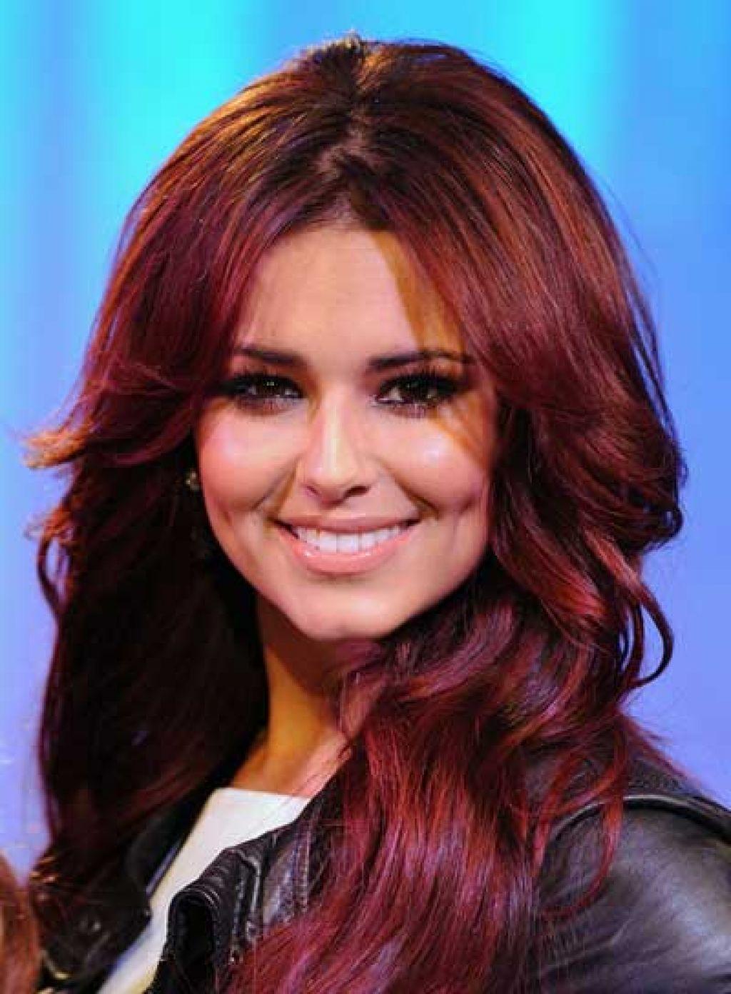 Коричнево красные волосы фото