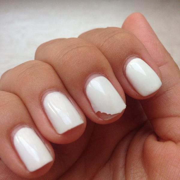 Гель-лак для тонких ногтей