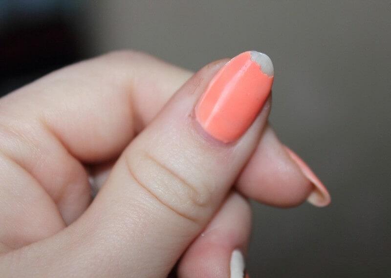 Почему отваливается гель лак от ногтей