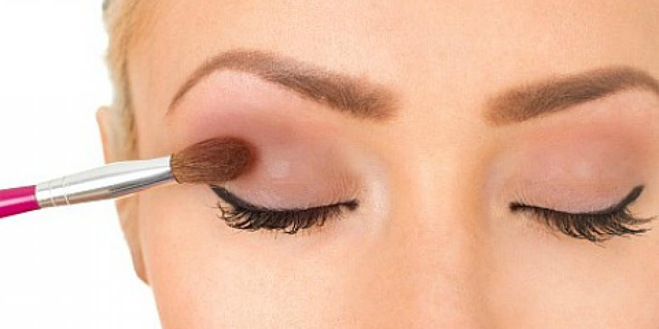 How to put eye shadow makeup