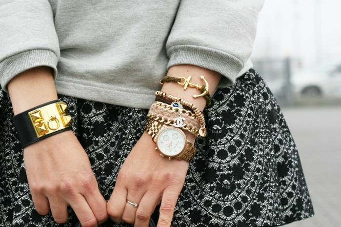 браслеты женские со знаком бесконечности