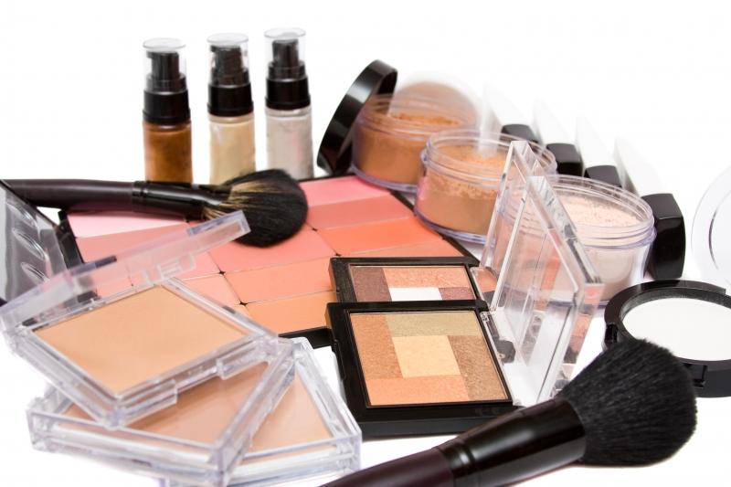 Правильные средства для макияжа