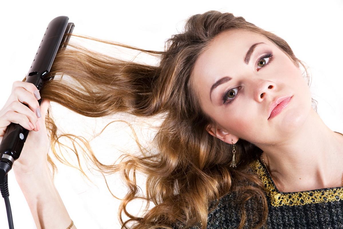Как выпрямить волосы утюжком правильно