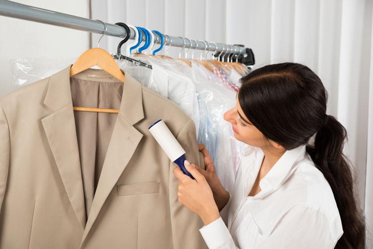 Чистка пальто в домашних условиях: как почистить пальто от пятен новые фото