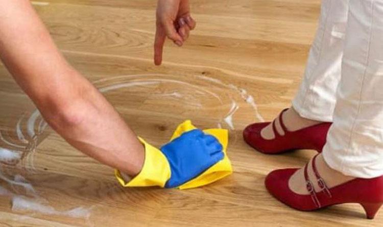 Как отчистить пятно на линолиуме от йода фото