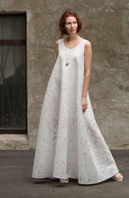 bcfc156d97a Длинное платье-майка создано для худощавых девушек
