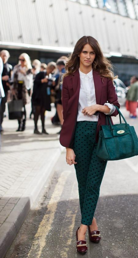Бордовый пиджак (31 фото): с чем носить