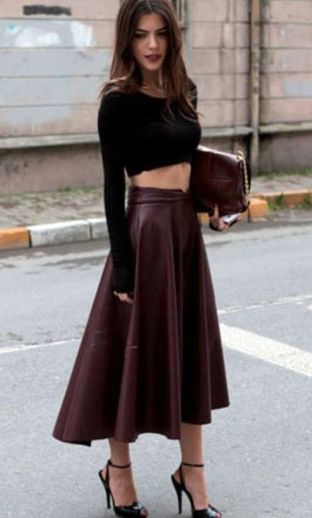 kozhanaya yubka 143 - Кожаная юбка (197 фото) 2018: модные фасоны, мини, миди, длинная, с чем одевать