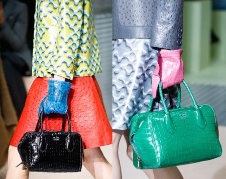 Лаковые сумки женские (37 фото): черная, белая, синяя, с цветами, розовая, с чем носить, как ухаживать