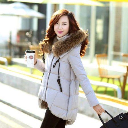 1a7c45701f3 Теплая куртка с удлиненной спиной позволит своему обладателю не только быть  модным и стильным. Это прекрасная защита от ветра и холода.