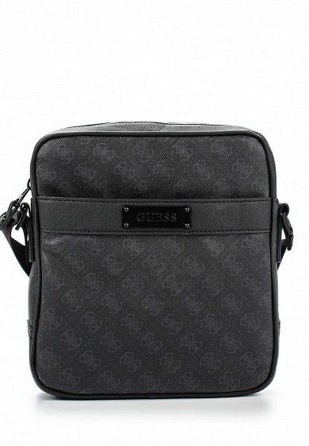 73e6c9a1 Небольшая сумка вмещает в себя все самое необходимое. Декор сумки тоже  очень скромный – однотонный черный аксессуар украшает только ...