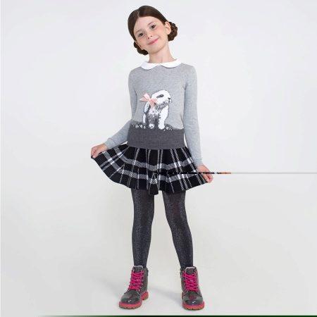 Дети в юбках и блузках