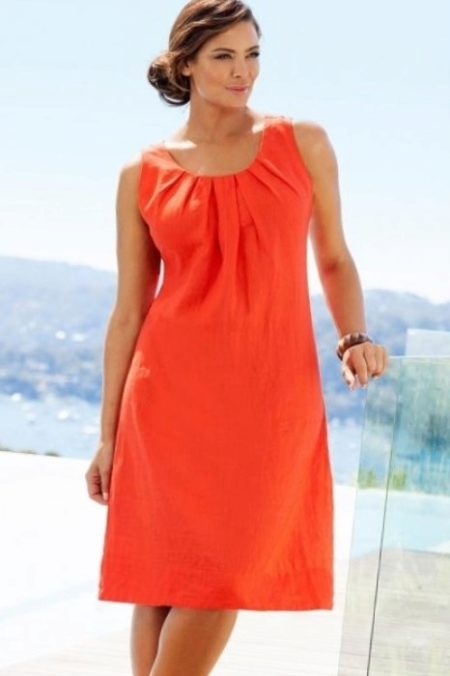 bc187b7c910 Платье из льна черного цвета свободного покроя. Особо эффектная модель.  Заниженная талия