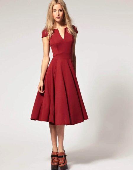 Платье с юбкой солнышко