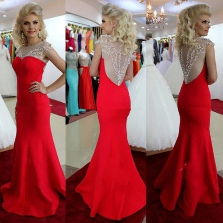 Подходящий цвет к черно красному платью