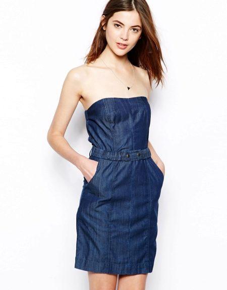 8ab0f80611022e2 Джинсовые платья без бретелей придадут вашему образу сексапильности и  кокетливости. Они созданы для того, чтобы демонстрировать красивые женские  плечи и ...