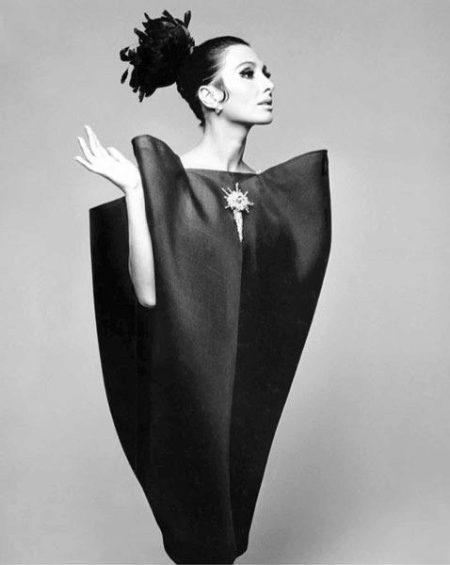 Платье А-силуэта (68 фото): на каждый день, черное, короткое, длинное, с чем носить, шифоновое, с рукавами