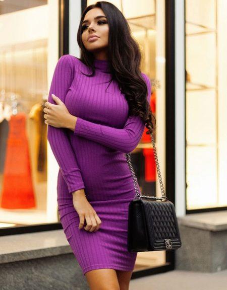 Платье фиолетовое из трикотажа