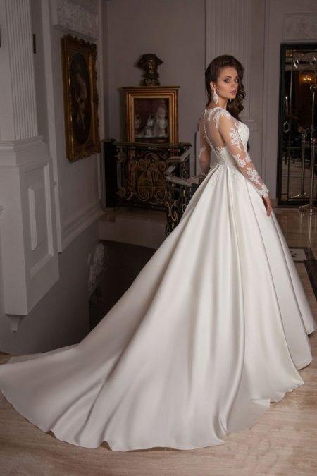 53e0ec3fc2a Платье со шлейфом 2019 (104 фото)  короткое спереди