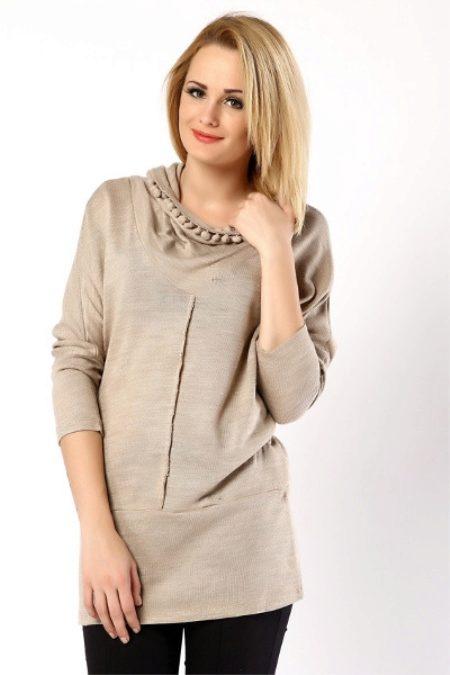 7cbf4be1203 Особенности и преимущества материала. Редкая модница не имеет в своем шкафу  трикотажные ...