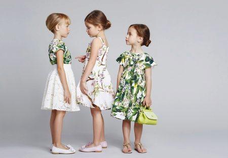 Босоножки и сандалии для девочек (26 фото)