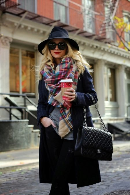 Шарф в полоску: с чем носить полосатый шарф, шарф в полосочку английской резинкой и трикотажный