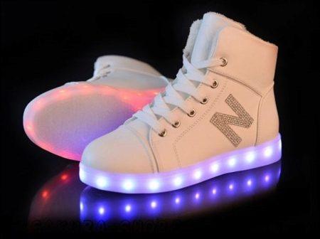 Сникерсы 2018- 2019 (125 фото): женские сникеры и обувь для девушек, что это, туфли и ботинки сникерсы, как выглядят на каблуке