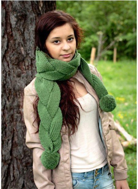 Шарф с косами (45 фото): двухсторонний шарф крупными косами и аранами, английской резинкой от Донна Каран
