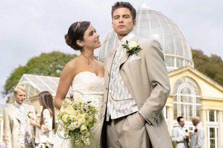 Цвет костюма жениха если платье невесты цвета айвори