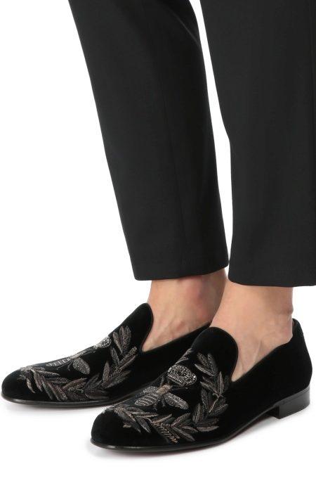 Мужские туфли с вышивкой в