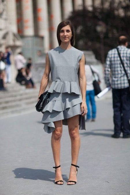 Черные босоножки 2018 (72 фото): с чем носить на шпильке, замшевые и лаковые, можно ли обуть под белое платье