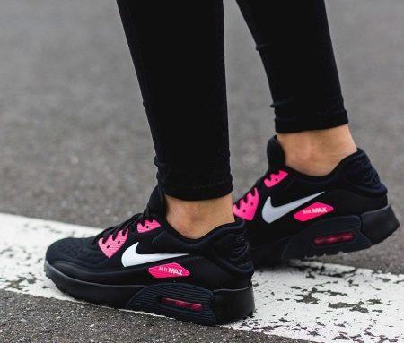ee4ea28b Кроссовки Nike Air Huarache Mid Premium снабжены двойными вставками Air-Sole,  которые обеспечивают дополнительную амортизацию, защищающую стопу при ...