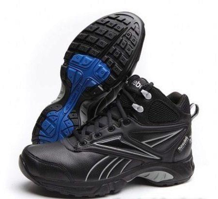 f9b969b8e352 Впрочем, нельзя не отметить, что обувь из натуральной кожи стоит достаточно  дорого, поэтому очень часто используется ее заменитель.