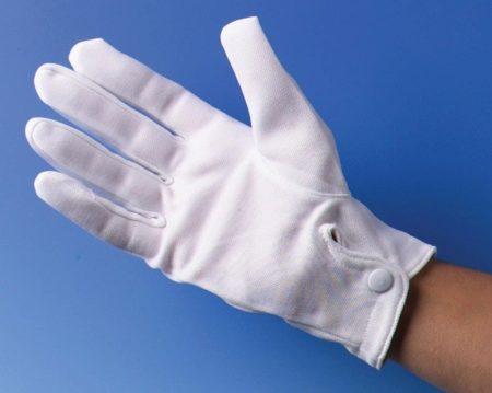 Белые перчатки: парадные атласные и хлопковые, изделия фирмы Sabellino, короткие модели на каждый день