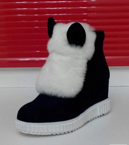 Ботинки с ушками и мехом (40 фото): с чем носить, зимние, женские замшевые модели