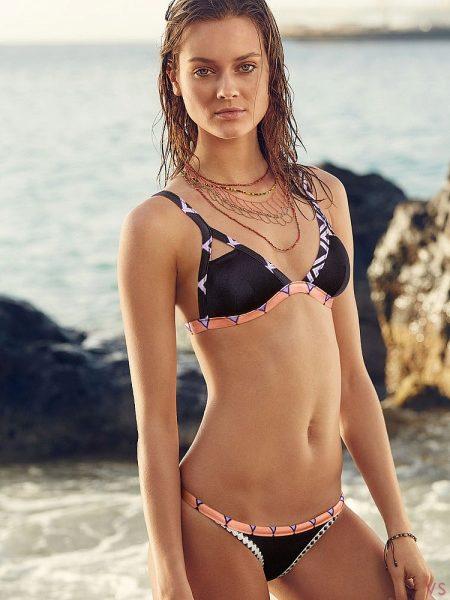 e3dbf74293ab0 Victoria's Secret предлагает огромный выбор цветовых решений и принтов  купальников триангл. Подобные пляжные костюмы отлично подойдут для молодых  девушек, ...