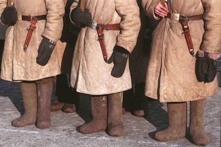 Мужские валенки (91 фото): модные и современные ботинки, стильные короткие на липучке и шнурках для мужчин