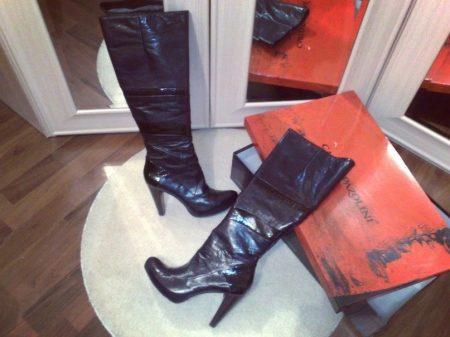 7060e5ba8 Покупательницы отмечают красивые внешний вид обуви и качество пошива.  Удобная колодка тоже нравится своим комфортом и возможностью много времени  проводить ...