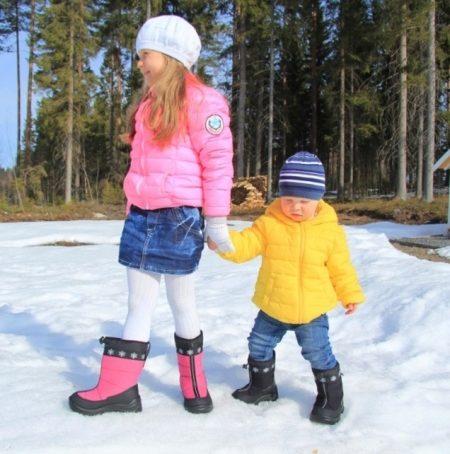 d87113a9a Среди особенностей детских валенок Куома можно отметить то, что они  большемерят на целый размер – это стоит учитывать при выборе обуви, чтобы  не помешать ...