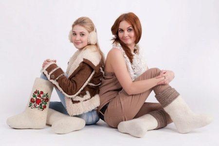 Войлочные ботинки: женские на подошве из войлока, зимние модели, на шнуровке